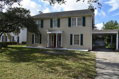 Robstown Single Family Home For Sale: 204 Ligustrum E