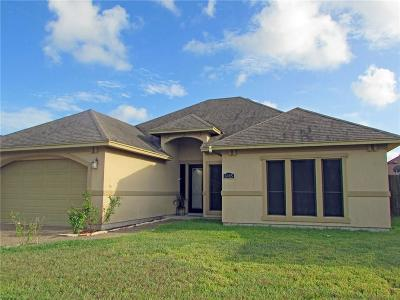 Single Family Home For Sale: 6905 Round Table St