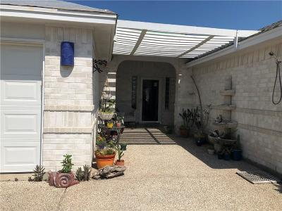 Single Family Home For Sale: 15210 Main Royal Dr