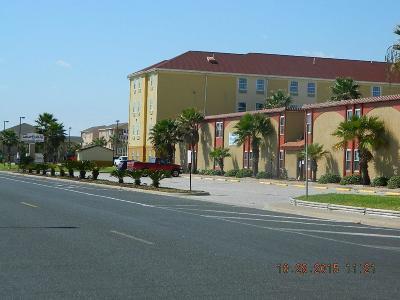 Corpus Christi Condo/Townhouse For Sale: 15005 Windward Dr #114