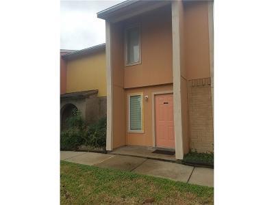 Corpus Christi Condo/Townhouse For Sale: 6702 Everhart #J102
