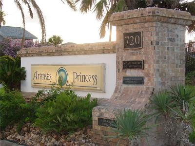 Port Aransas Condo/Townhouse For Sale: 720 Access Road 1-A #204