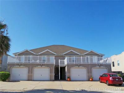Corpus Christi Condo/Townhouse For Sale: 13969 Ports O Call Dr #B
