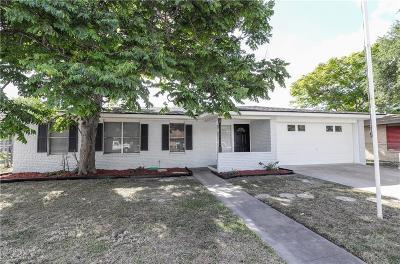 Corpus Christi Single Family Home For Sale: 4837 Trinity Dr