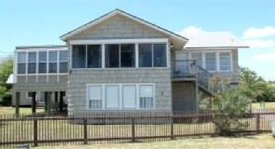 Port Aransas Single Family Home For Sale: 736 Tarrant