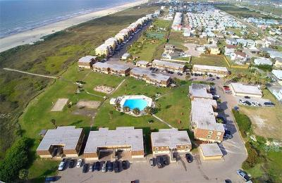 Port Aransas Condo/Townhouse For Sale: 700 Island Retreat #33