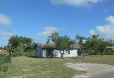 Aransas Pass Single Family Home For Sale: 219 S 10th St