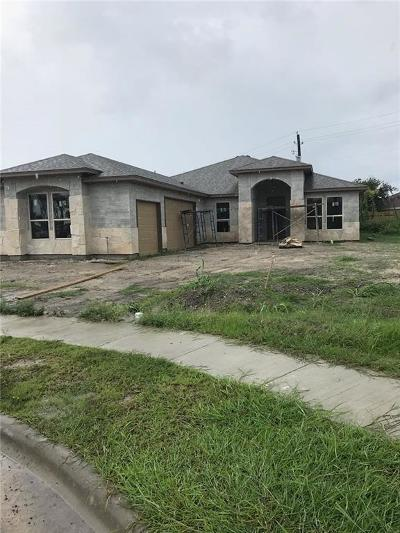 Single Family Home For Sale: 7601 Neches Dr