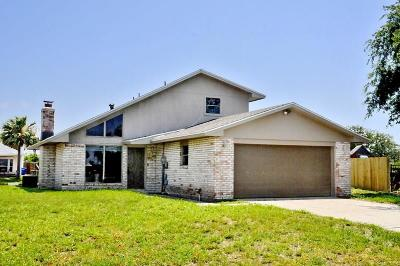 Single Family Home For Sale: 13838 Brigantine Dr