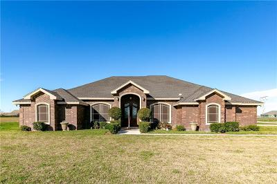 Robstown Single Family Home For Sale: 4465 S Oak Circ