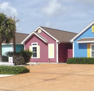 Condo/Townhouse For Sale: 14521 E Cabana #402