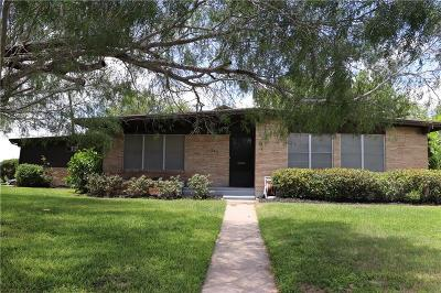 Robstown Single Family Home For Sale: 215 Ashburn Ave