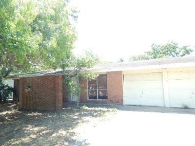 Corpus Christi Single Family Home For Sale: 3018 Bimini Dr