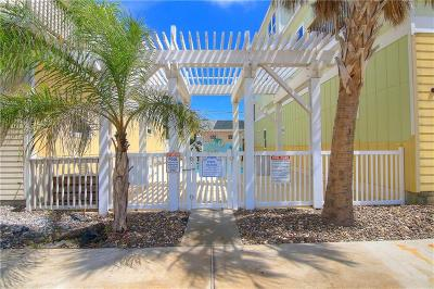 Port Aransas Condo/Townhouse For Sale: 152 Paradise Pointe Dr #102