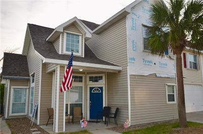 Port Aransas Condo/Townhouse For Sale: 2026 S 11th St #6