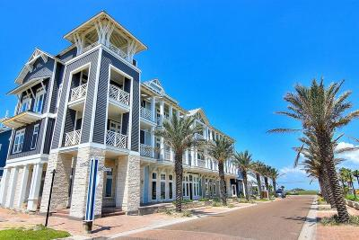 Port Aransas Condo/Townhouse For Sale: 128 Market St #5-204