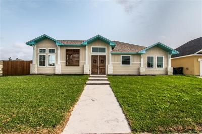 Corpus Christi Single Family Home For Sale: 14002 Coquina Bay Ave