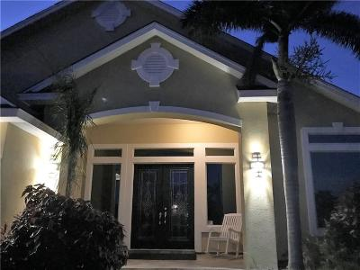 Single Family Home For Sale: 14006 Coquina Bay Ave