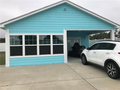 Rockport Single Family Home For Sale: 716 S Doughty St