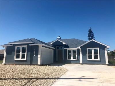 Corpus Christi Single Family Home For Sale: 13610 Whitecap Blvd