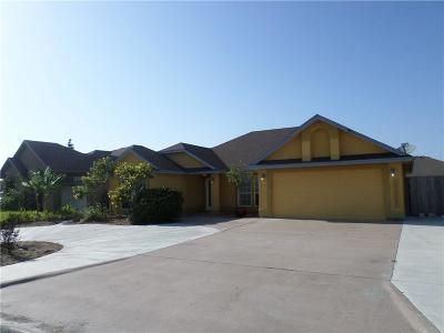 Corpus Christi Single Family Home For Sale: 13906 Longboat Dr