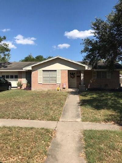 Kingsville Single Family Home For Sale: 918 Hall Ave