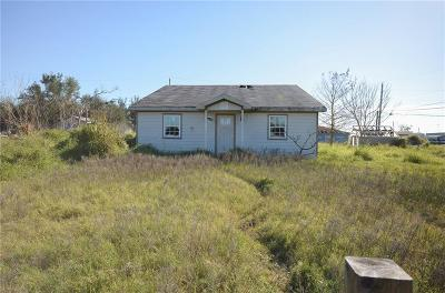 Rockport Single Family Home For Sale: 304 Copano Heights Blvd
