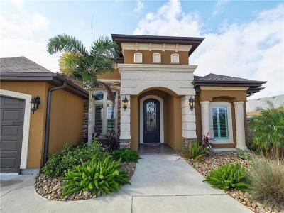 Single Family Home For Sale: 14725 Dasmarinas Dr