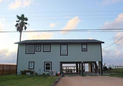 Rockport Single Family Home For Sale: 710 Copano Cove