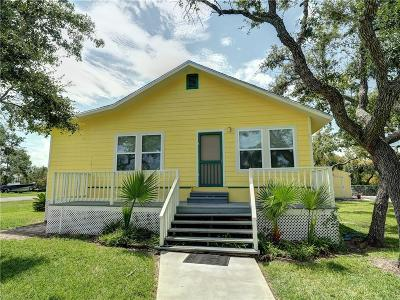 Rockport Single Family Home For Sale: 189 Smithe Dr