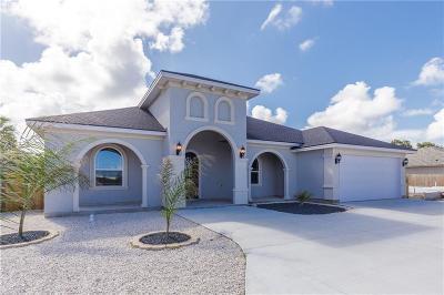 Single Family Home For Sale: 15117 Dasmarinas Dr