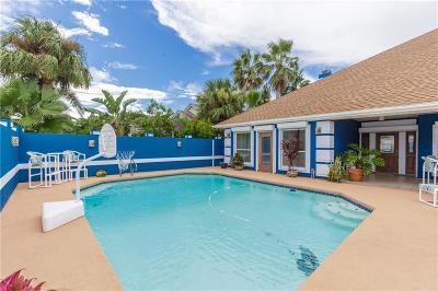 Corpus Christi Single Family Home For Sale: 13526 Port Royal Ct