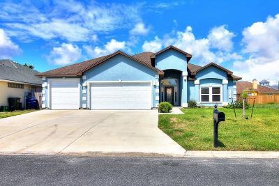 Corpus Christi Single Family Home For Sale: 15905 Cabo Blanco Dr