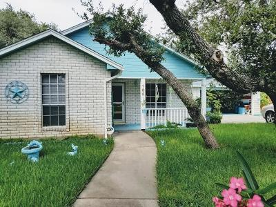 Rockport Single Family Home For Sale: 105 Poquito