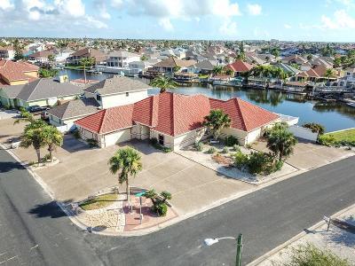 Single Family Home For Sale: 15978 El Soccorro Loop