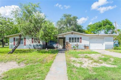 Kingsville Single Family Home For Sale: 1015 S 8th St