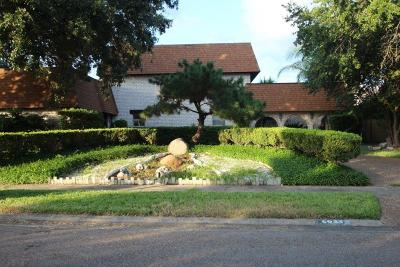 Corpus Christi Single Family Home For Sale: 6025 Lost Creek Dr
