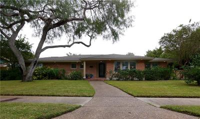Single Family Home For Sale: 441 Coral Pl