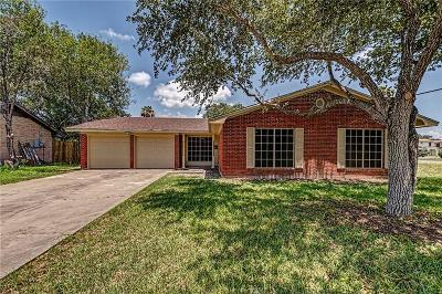 Kingsville Single Family Home For Sale: 1030 Hall Ave