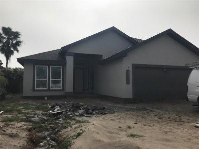 Single Family Home For Sale: 14946 Aquarius Dr