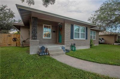 Corpus Christi Single Family Home For Sale: 1026 Catalina Pl