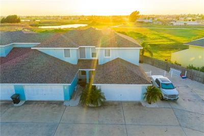 Condo/Townhouse For Sale: 14861 S Padre Island Dr #110