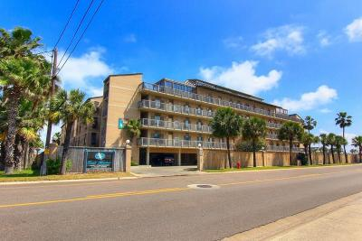Port Aransas Condo/Townhouse For Sale: 200 W Cotter #B3