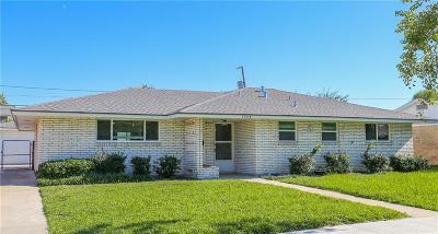 Corpus Christi Single Family Home For Sale: 1058 Brock Dr