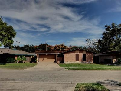 Single Family Home For Sale: 3732 Pope Dr