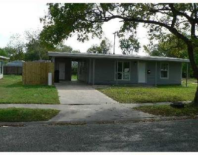 Corpus Christi TX Rental For Rent: $1,000