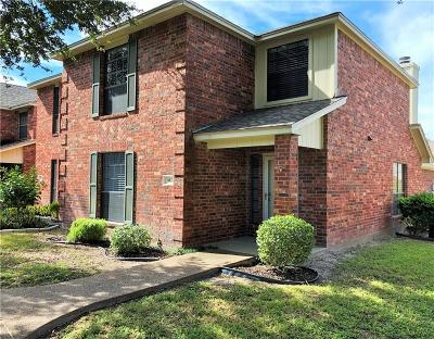 Corpus Christi Condo/Townhouse For Sale: 4022 Wood River # 4a