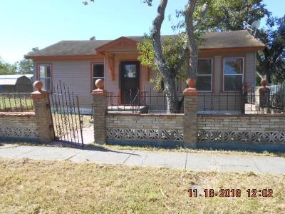 Corpus Christi Single Family Home For Sale: 1609 15th St