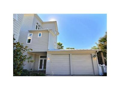 Port Aransas Condo/Townhouse For Sale: 3700 Island Moorings Pkwy #16