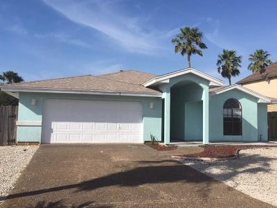 Single Family Home For Sale: 13853 Topsail St
